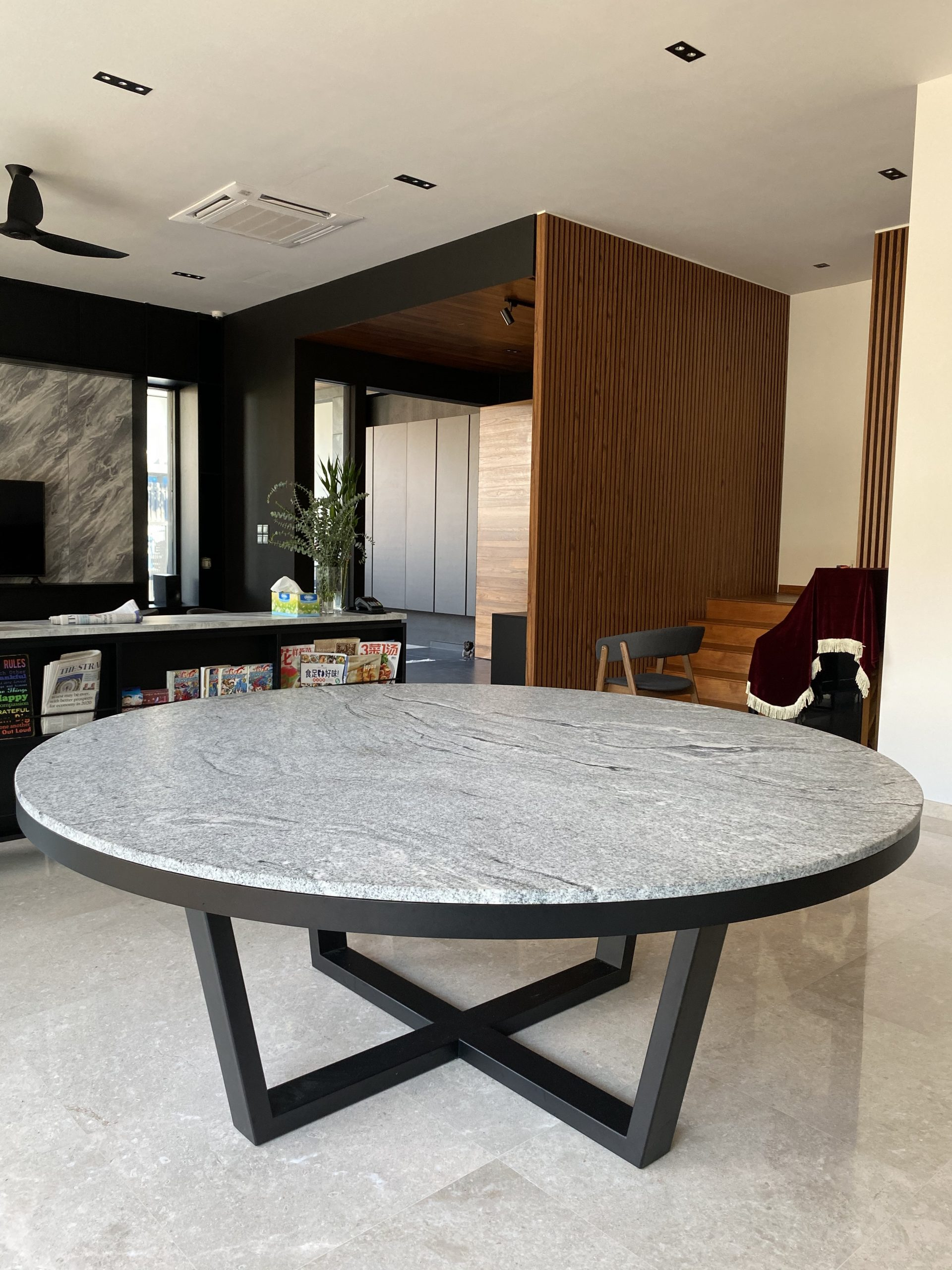 Dexter with Trimming Granite Dining Table