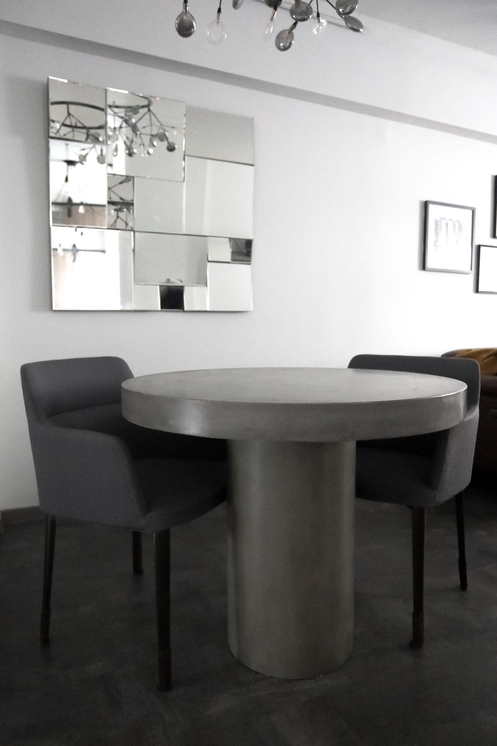 Regent Round Concrete Table (2)